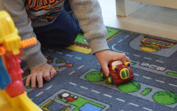 Conseils pour organiser la chambre de son enfant en pôles de jeux