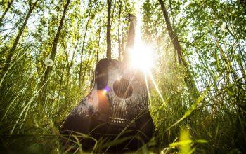 Place au «jardin aux chansons» à la crèche de Rolle!