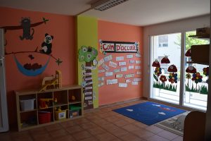 toddlers room Rolle bilingual daycare