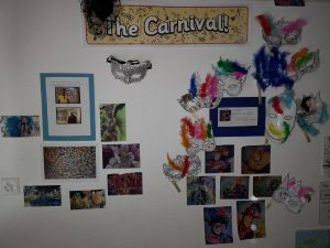 Thème carnaval crèche bilingue