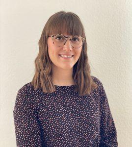 Photo portrait de Marlène, directrice de notre crèche au Mont-sur-Lausanne